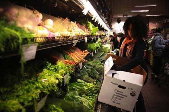 607350-food-coop-in-brooklyn-new-york